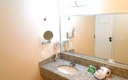 hotel-praia-centro-fortaleza-lazer-hospedagem-acomodacoes-apartamento-standard-wc