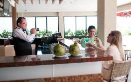 hotel-praia-centro-fortaleza-restaurante-hospedagem-gastronomia-barman